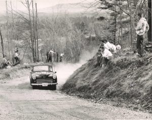 Rattlesnake Point Hill Climb, 1 May 1954, Bill Sadler, #12 Hillman V8
